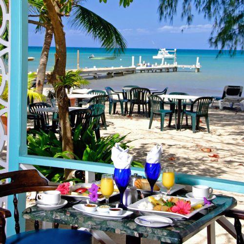 Oualie Beach Resort restaurant
