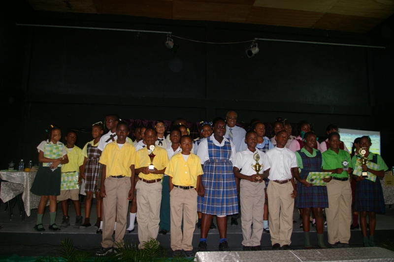 Premier,Hon.Joseph Parry with all of the participants of the quiz