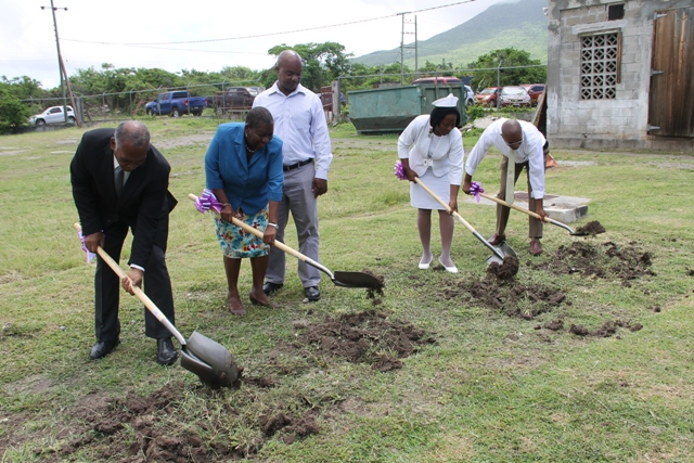 (L-r) Premier of Nevis Hon. Vance Amory, Chairperson of the SIDF Board of Counsellors Dr. Robertine Chaderton and Counsellor Leon Lescott and Matron Aldris Dias and Medical Chief of Staff Dr. Cardell Rawlins breaking ground on May 31, 2017, for the expansion of the Alexandra Hospital project