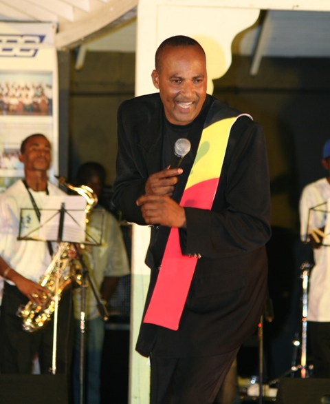 Calypsonian Dis N Dat performing (file photo)