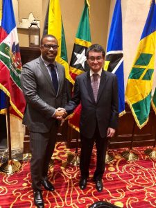 (L-R) Foreign Minister of St. Kitts and Nevis, Hon. Mark Brantley with Foreign Minister of Japan, Hon. Tarō Kōno