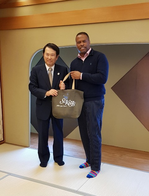 Mr. Hiroshi Ozaki, Chairman of the Osaka Chamber of Commerce and Industry and Hon. Mark Brantley, Minister of Foreign Affairs and Aviation in St. Kitts and Nevis