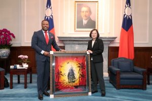 Hon. Mark Brantley, Minister of Foreign Affairs and Aviation in St. Kitts and Nevis and Premier of Nevis presents a gift on behalf of the people of St. Kitts and Nevis to Her Excellency Dr Tsai Ing-wen, President of the Republic of China (Taiwan)