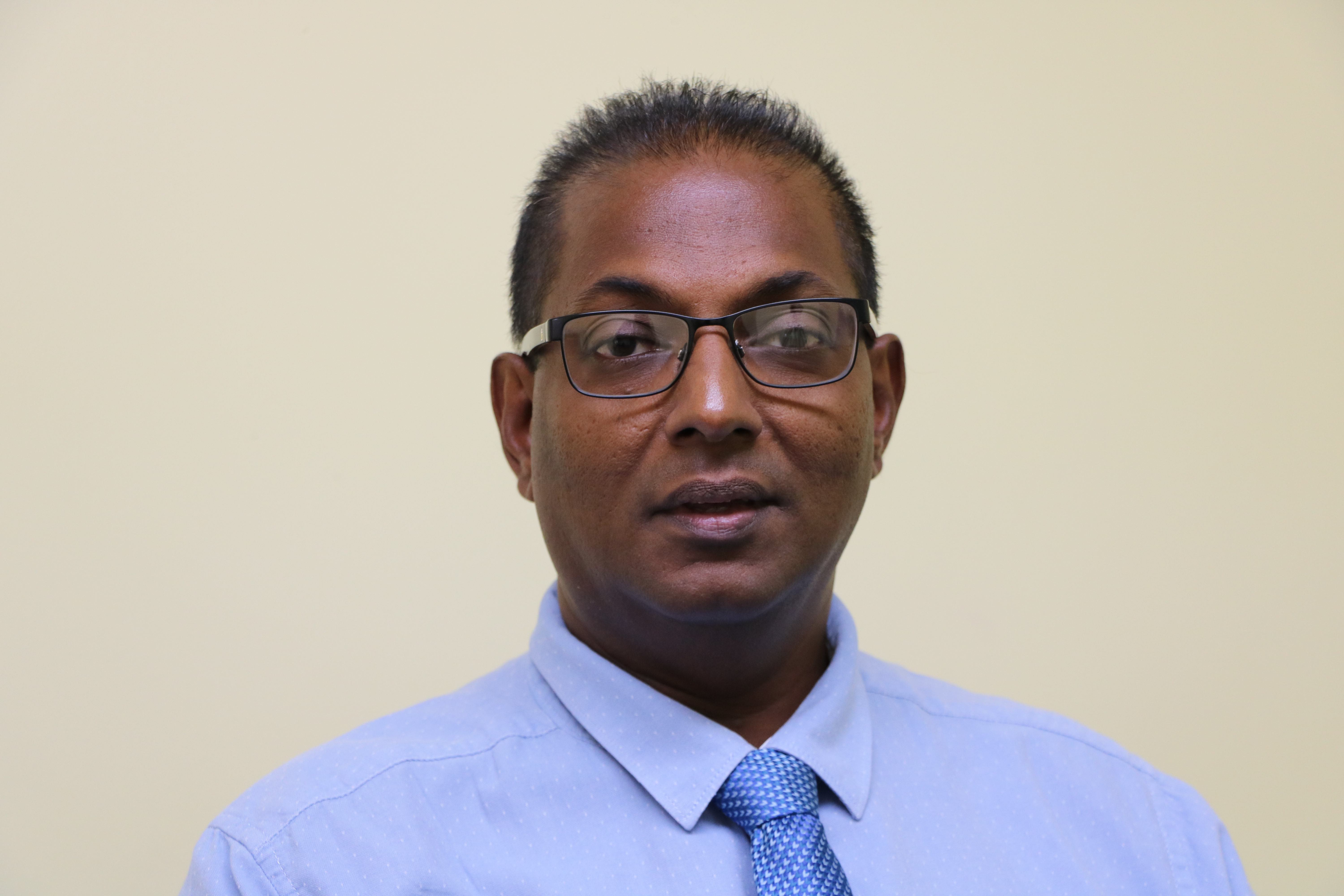 Mr. Gilroy Putie, General Manager of the Nevis Electricity Company Limited, at the Department of Information's office